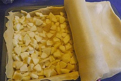 Apfelkuchen gedeckt 73