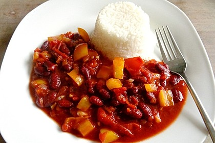Kidneybohnen in Tomatensauce (Bild)