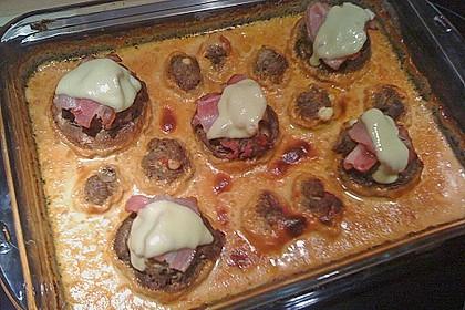 Gefüllte Champignons mit Schafskäse - Hackfleisch an Käsesauce 18