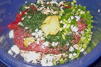 Gefüllte Champignons mit Schafskäse - Hackfleisch an Käsesauce 17