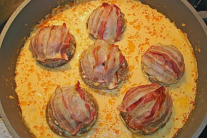 Gefüllte Champignons mit Schafskäse - Hackfleisch an Käsesauce 1
