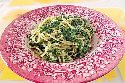 Spaghetti mit Spinat und Schafskäse 1