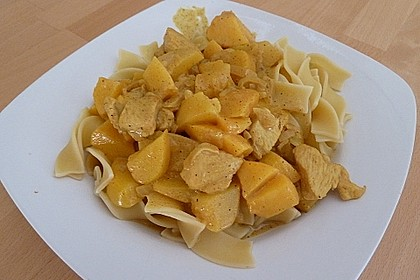 Hühnchen in Pfirsich - Curry - Rahmnudeln 5