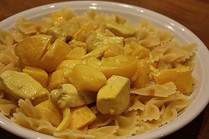 Hühnchen in Pfirsich - Curry - Rahmnudeln 7
