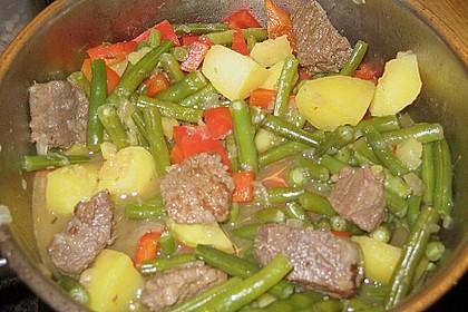 Spanischer Gemüse-Fleisch-Topf 1