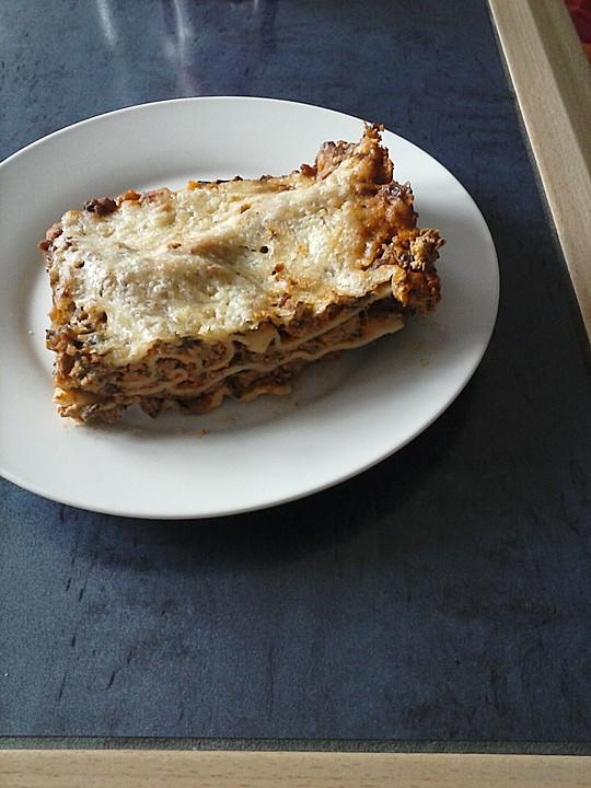 spinat bolognese lasagne rezept mit bild von sister. Black Bedroom Furniture Sets. Home Design Ideas