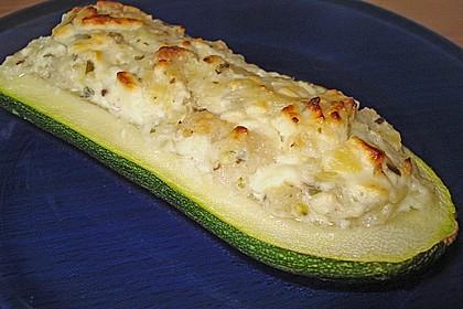 Überbackene Zucchini mit Schafskäse 19