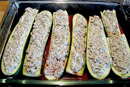 Überbackene Zucchini mit Schafskäse 43