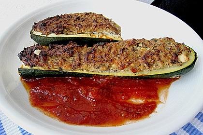 Überbackene Zucchini mit Schafskäse 21