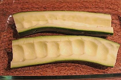 Überbackene Zucchini mit Schafskäse 34