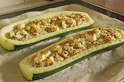 Überbackene Zucchini mit Schafskäse 12