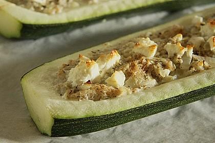 Überbackene Zucchini mit Schafskäse 2
