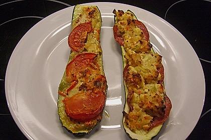 Überbackene Zucchini mit Schafskäse 14