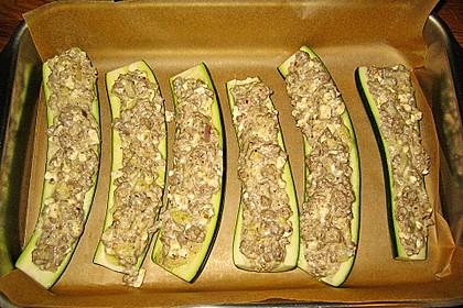 Überbackene Zucchini mit Schafskäse 29