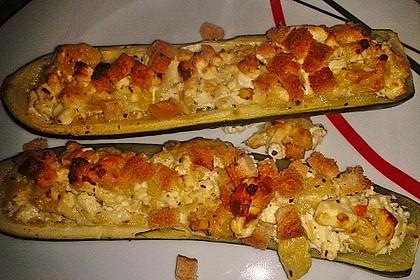 Überbackene Zucchini mit Schafskäse 15
