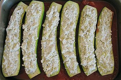 Überbackene Zucchini mit Schafskäse 40