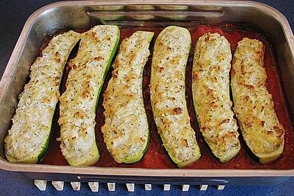 Überbackene Zucchini mit Schafskäse 10