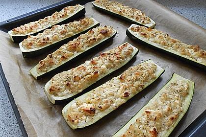 Überbackene Zucchini mit Schafskäse 27