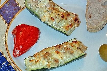 Überbackene Zucchini mit Schafskäse 24