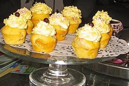Rhabarber - Muffins 39