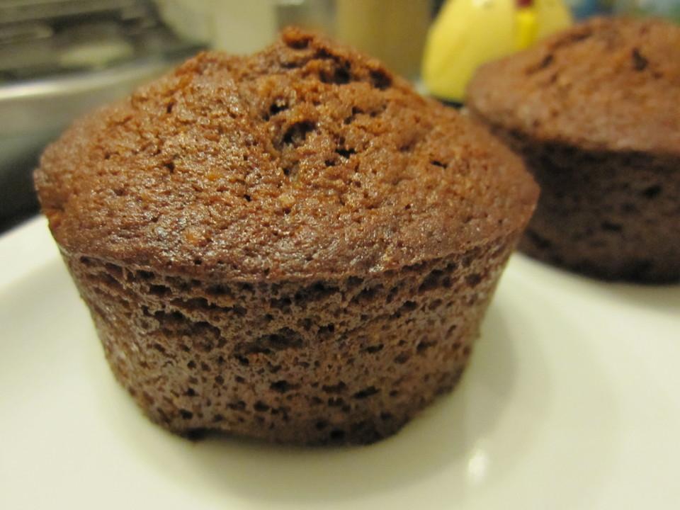 bananen haselnuss muffins rezept mit bild von kuhuuchen. Black Bedroom Furniture Sets. Home Design Ideas