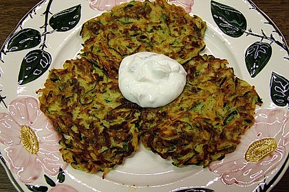 Zucchini - Reibekuchen 14
