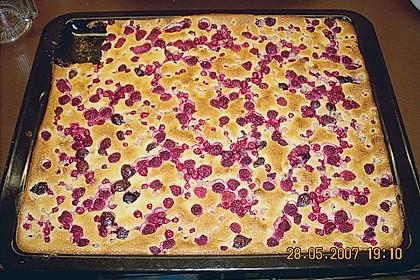 Beerenkuchen mit Schmandguss