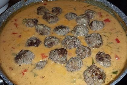 Fleischbällchen mit Paprikasoße 21