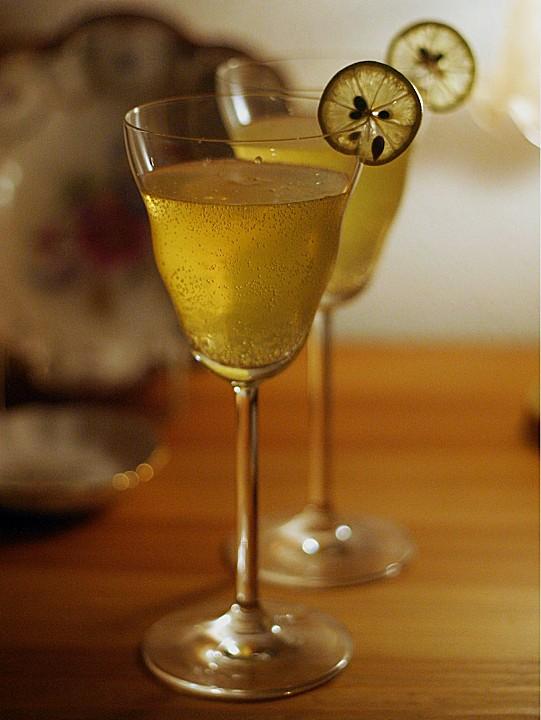 limoncello sekt cocktail rezepte. Black Bedroom Furniture Sets. Home Design Ideas