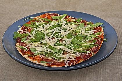 Italienischer Pizzateig 55