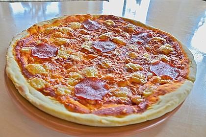 Italienischer Pizzateig 68