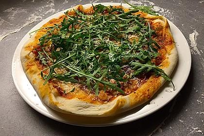 Italienischer Pizzateig 94