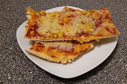Italienischer Pizzateig 214