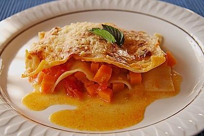 Kürbis - Lasagne mit getrockneten Tomaten