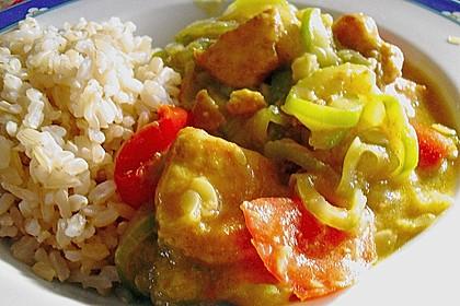 Urmelis Hähnchenbrust in Zucchini - Curry - Sahne - Sauce 30