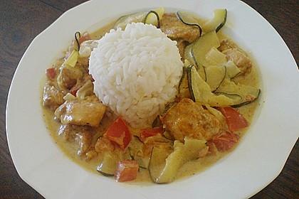 Urmelis Hähnchenbrust in Zucchini - Curry - Sahne - Sauce 24
