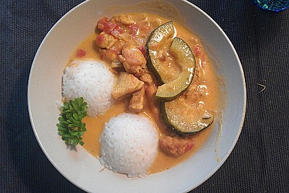 Urmelis Hähnchenbrust in Zucchini - Curry - Sahne - Sauce 54