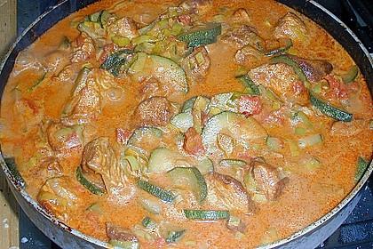 Urmelis Hähnchenbrust in Zucchini - Curry - Sahne - Sauce 42