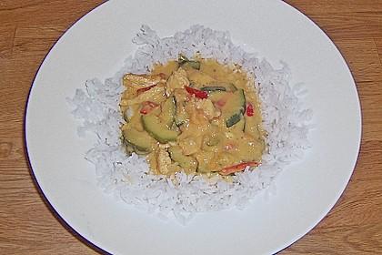 Urmelis Hähnchenbrust in Zucchini - Curry - Sahne - Sauce 32