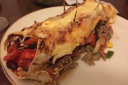 Überbackene Enchiladas mit Avocado-Dip 9