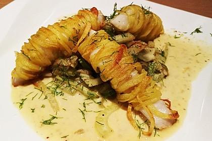 Zander im Kartoffelmantel auf Fenchelgemüse mit Senfsauce 10