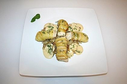 Zander im Kartoffelmantel auf Fenchelgemüse mit Senfsauce 5