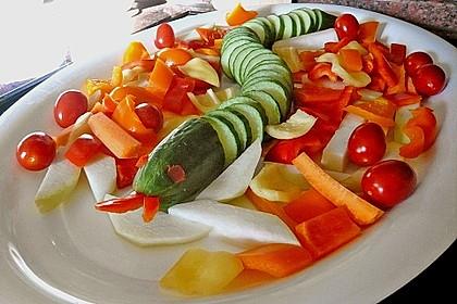 Gurkenschlange im Gemüsebeet 9