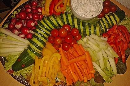 Gurkenschlange im Gemüsebeet 3