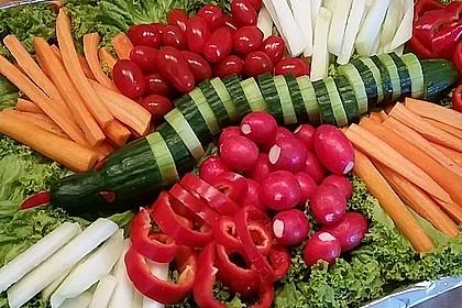 Gurkenschlange im Gemüsebeet 10