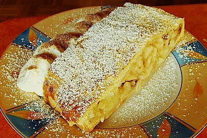 Südtiroler Apfelstrudel 10