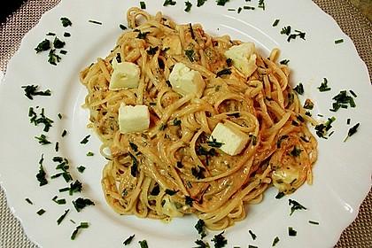 Dieters Linguine mit würziger Camembert - Tomaten - Sauce 6