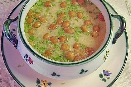 Knoblauchsuppe mit Parmesan 2