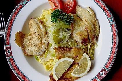 Fischfilet mit Porree - Nudeln