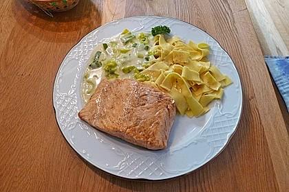 Fischfilet mit Porree - Nudeln 1